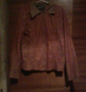 Красивый  пиджак и курточка.