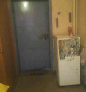 Сдается комната в коммуналке.6 квартал,химволокно.