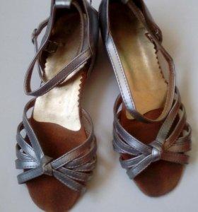 Туфельки танцевальные