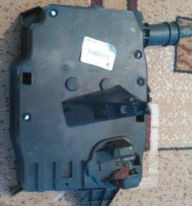 Корпус блока управления двигателя форд фокус 3