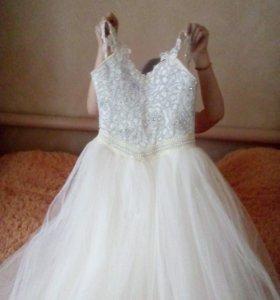Платье на девочку 10-12лет