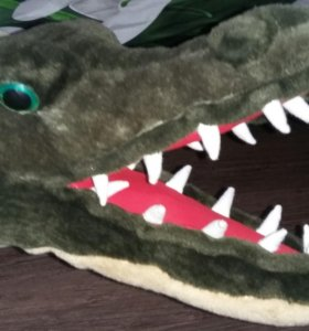 Крокодил плюшевый