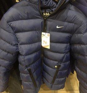 Теплая зимняя куртка nike