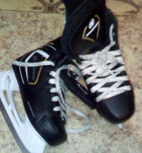Коньки хокейные размер 38