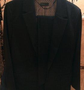Новый костюм Бенетон