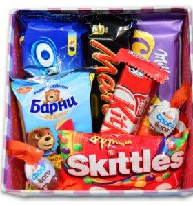 Сладкий подарочный набор со сладостями