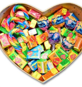 Сладкий подарочный набор с Love is и Карамелью