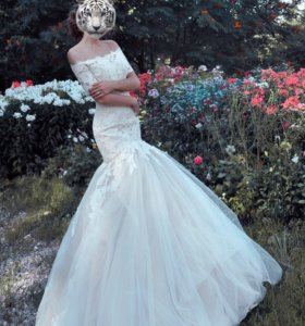 Кружевное свадебное платье + болеро в подарок