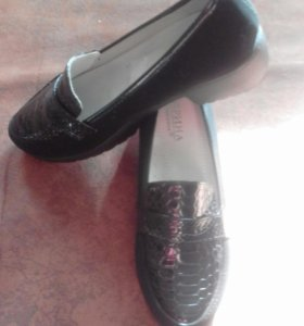 Женские туфли,размер 38,но маломерят на 37