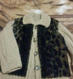 Курточка вязаная теплая