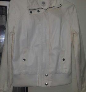 Куртка Zolla на весну)