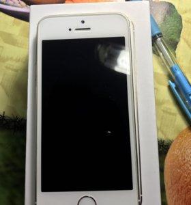 Айфон 5s 32гигобайта