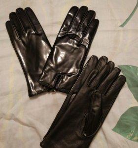 Перчатки кожанные и лаковые