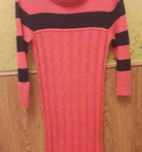 Теплое женское платье