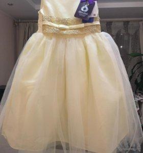 Новое платье 104 размер