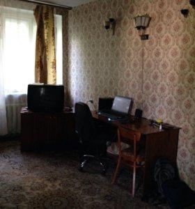 Продам трехкомнатную квартиру( возможна ипотека)