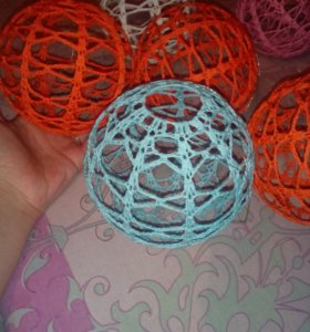 Декоративный шар (вязаный).