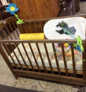 Детская кровать деревянная бу