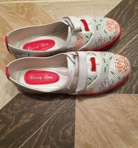 Туфли на девочку 31 размео