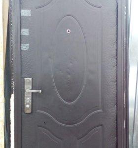 Дверь с замком
