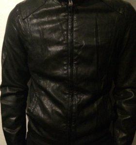 Куртка Б/у ЭКО кожа р 46-48 рост 170( кожзам)