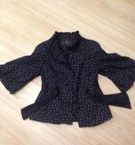 Куртка-пальто в идеальном состоянии