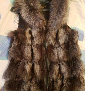 жилетка мех  натуралка чернобурка