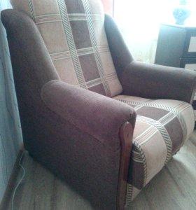Новое кресло за полцены(просто кресло).