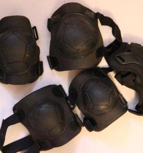 Роликовые коньки и набор защиты