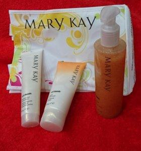 Новый!!набор для рук  Mary Kay