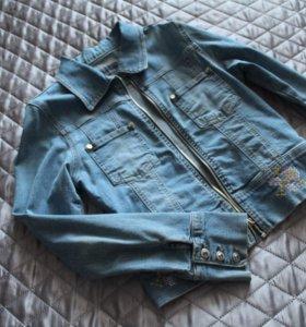 Новая джинсовая куртка 42