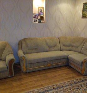 Угловой диван10000+кресло6000