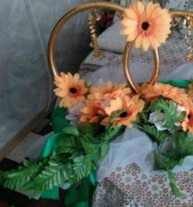 Аренда свадебных колец и украшений на машину
