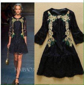 Чёрное кружевное платье DG