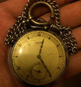 Часы тиссот оригинал на цепочке на отличном ходу
