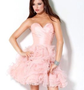 Выпускное персиковое платье