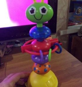 Игрушка на присоске для малышей