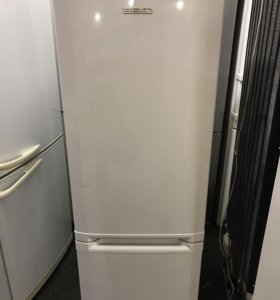 Холодильник б/у Beko CSK25050