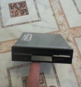 """внутренний дисковод для 3.5"""" отсека"""
