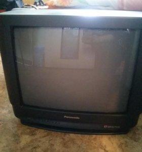 Телевизор цветной.