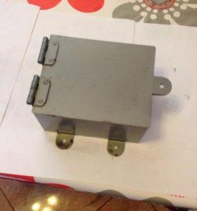 Металлический шкаф для выключателя