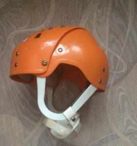 Детский хоккейный шлем Salvo 1980 раритетная