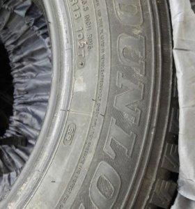 Зимние шипованные шины DUNLOP 215/65R16 102Т