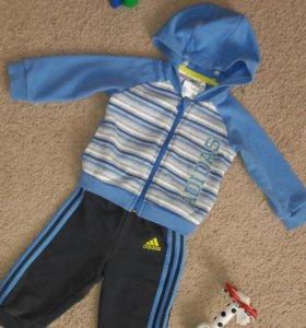 Спортивный костюм Adidas оригинал 68р.