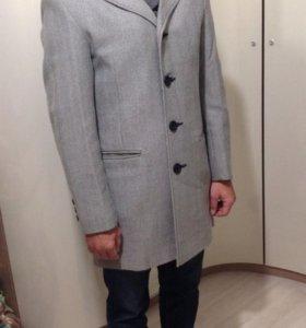 Мужское пальто 48 размер