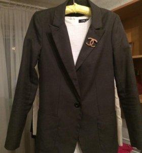 Пиджак без броши