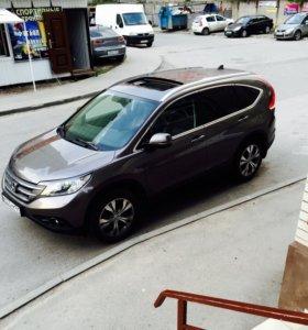 Honda CR-V 2013 год