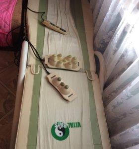 Массажная кровать с нефритом.