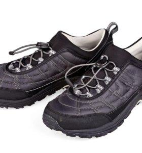 Новые кроссовки Merrell 44-45 размер