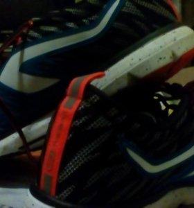 Новые кроссовки Kolengi